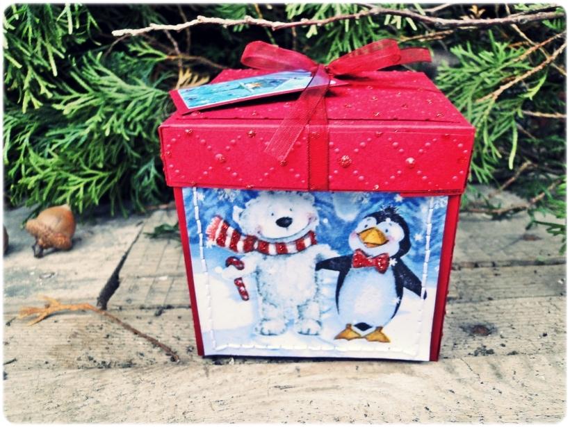 Bombka choinkowa w pudełku Przyajciele z Północy 4