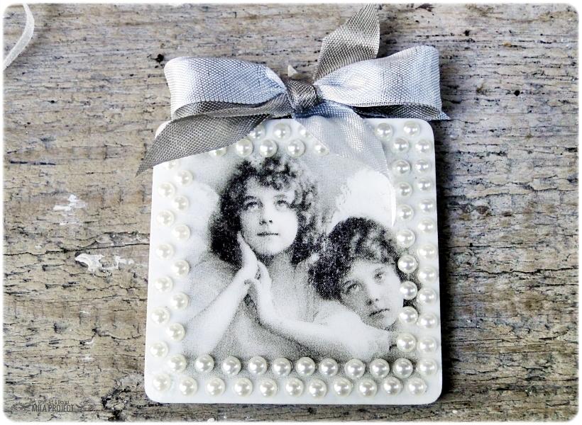 Magnesik w pudełku Aniołki w perłach 1