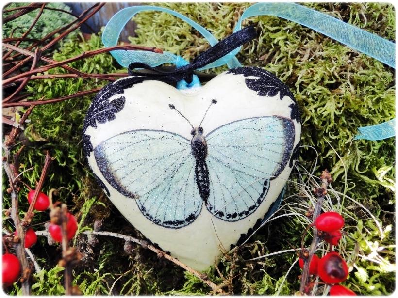 bombka-serduszko-blue-butterfly-1