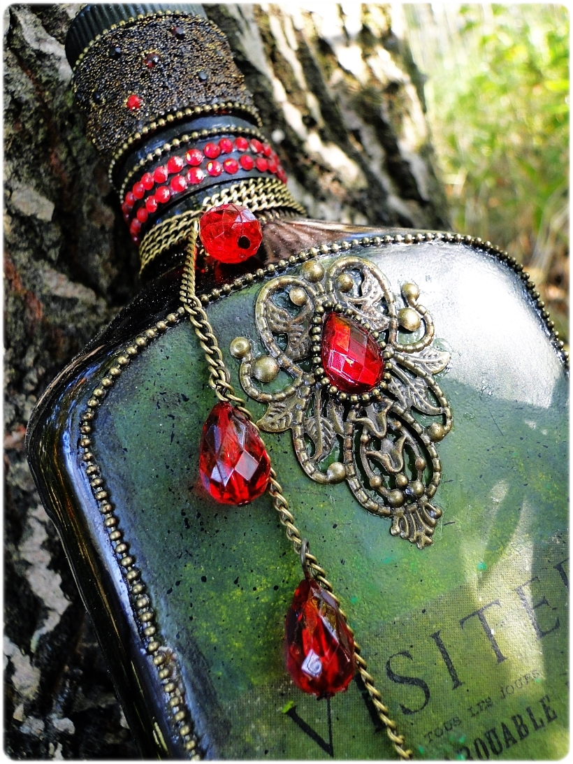 Butelka biżuteryjna Wiewiórka 4