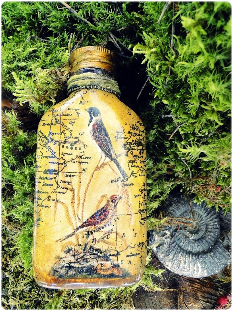Butelka szklana, piersiówka biżuteryjna Ptaki 2