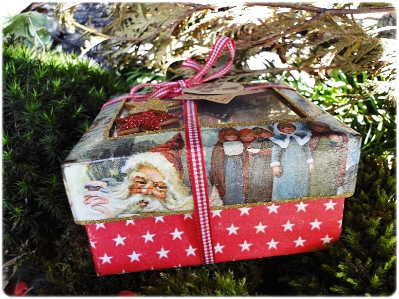 Komplet drewnianych zawieszek My Christmas 2