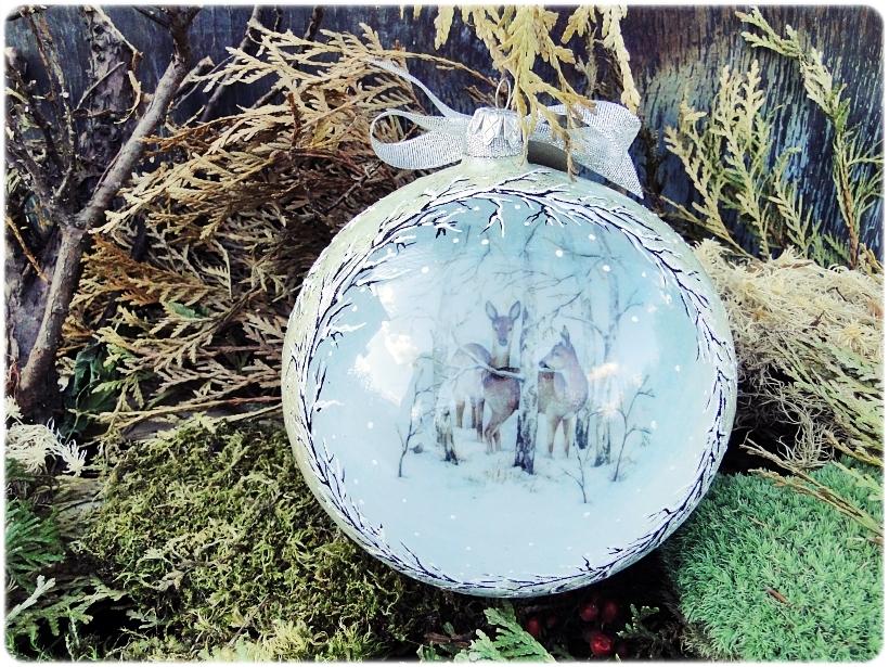 Szklana bombka z okienkiem Zimowa wioska 3