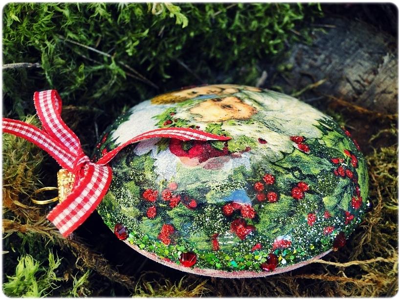 Bombka medalion Mikołaj i chłopczyk 3