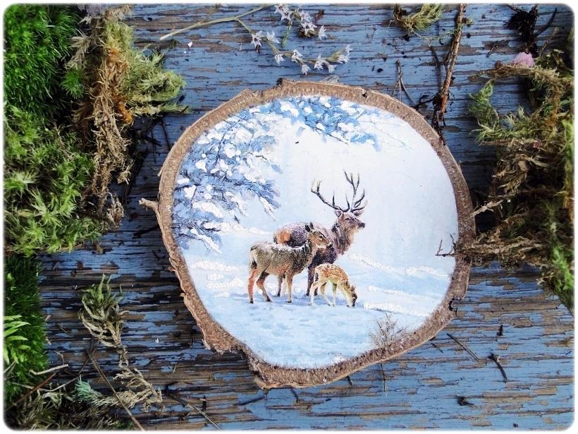 Dekoracja świąteczna na drewnie brzozowym Las w śniegu 1