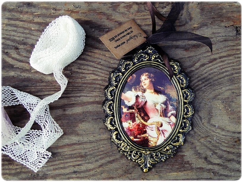 Gipsowa ramka z obrazkiem Gold Duchess 1