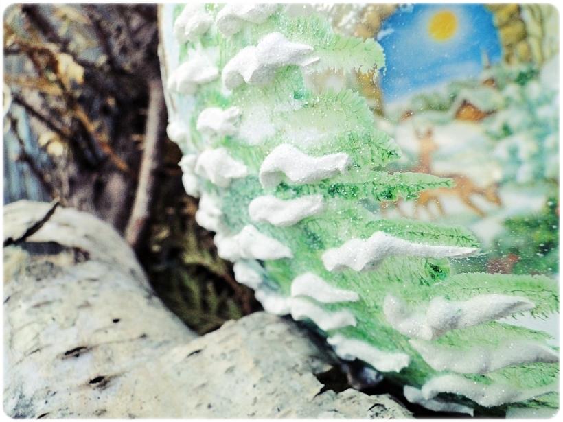 Szklana bombka z okienkiem Domek w górach 6