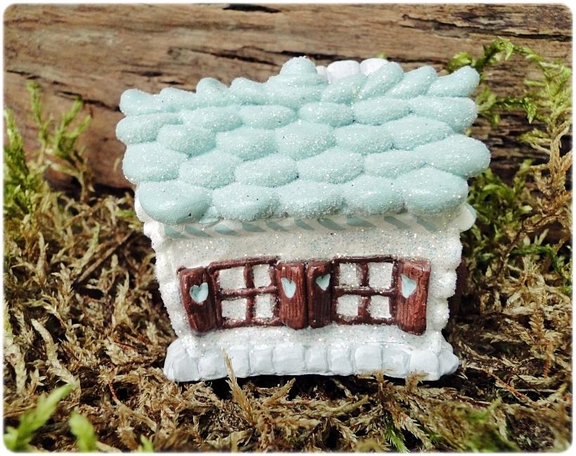 Figurka gipsowa Domek z piernika 10