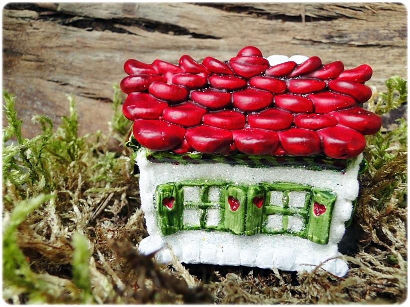 Figurka gipsowa Domek z piernika 14
