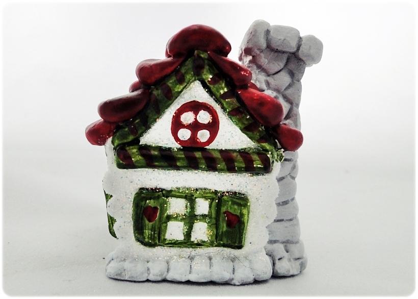 Figurka gipsowa Domek z piernika 15