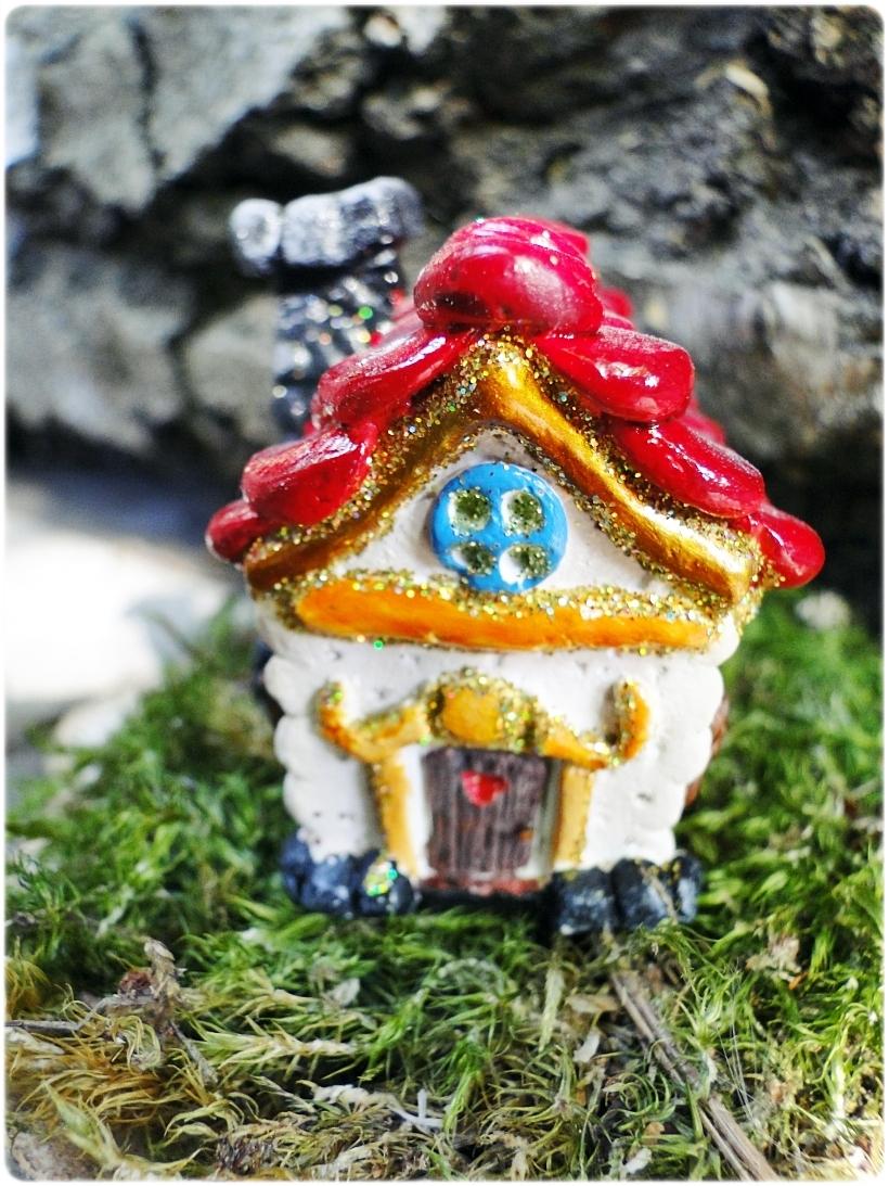 Figurka gipsowa Domek z piernika 16