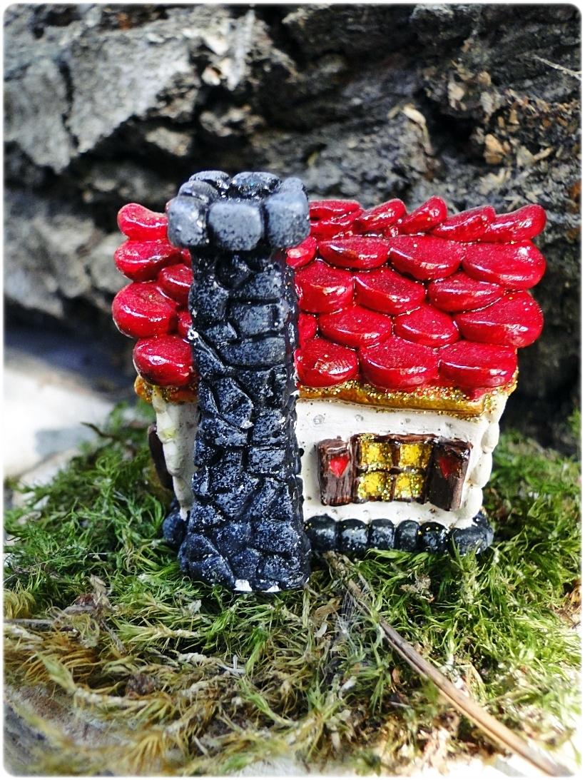 Figurka gipsowa Domek z piernika 19