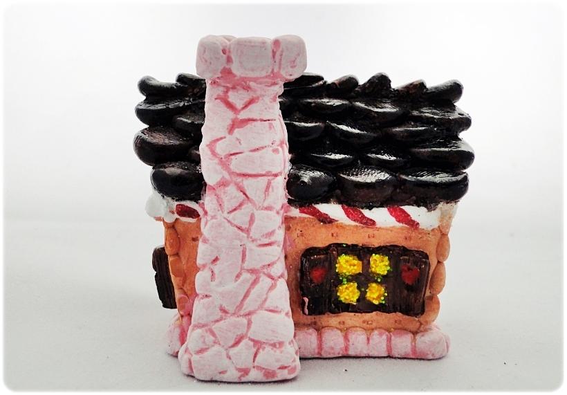 Figurka gipsowa Domek z piernika 22