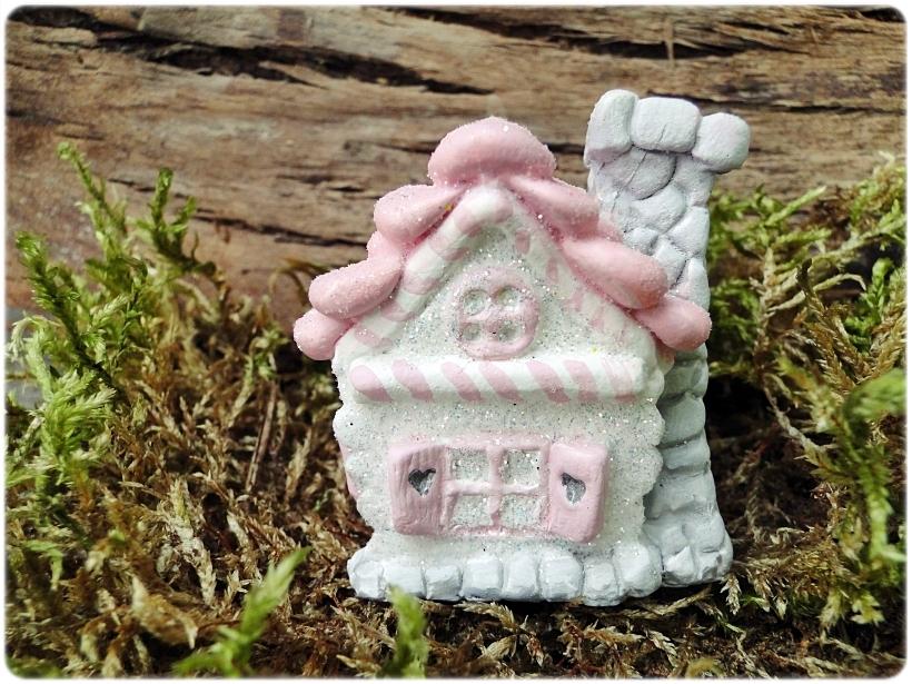 Figurka gipsowa Domek z piernika 4