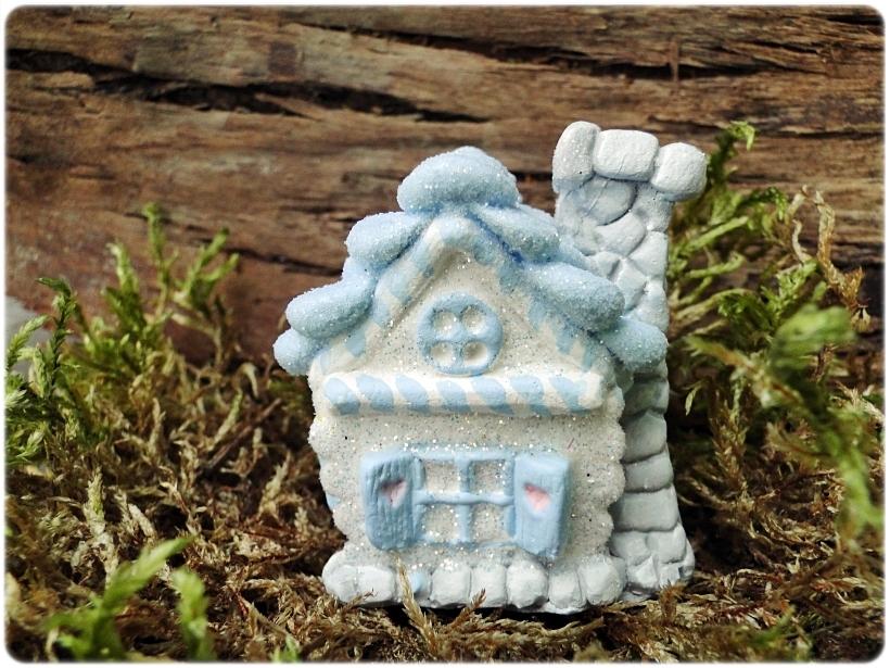 Figurka gipsowa Domek z piernika 5