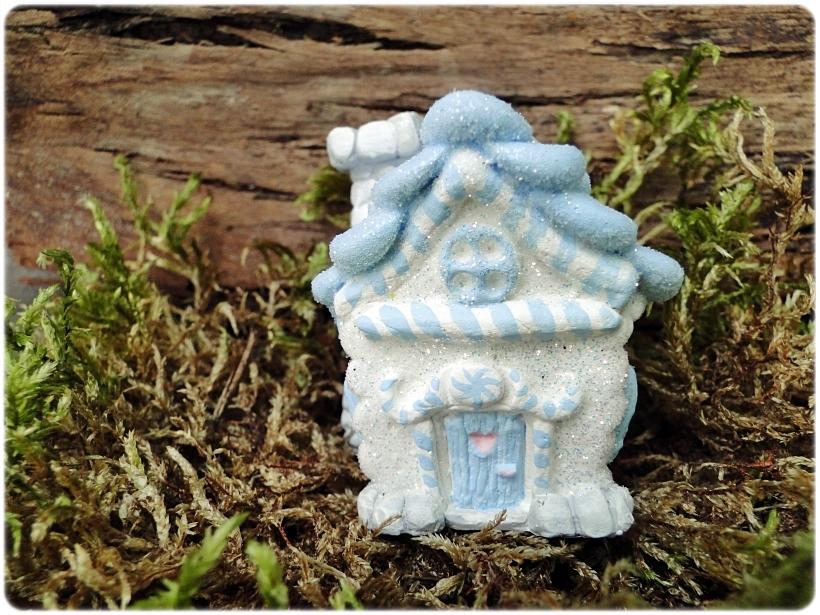 Figurka gipsowa Domek z piernika 7