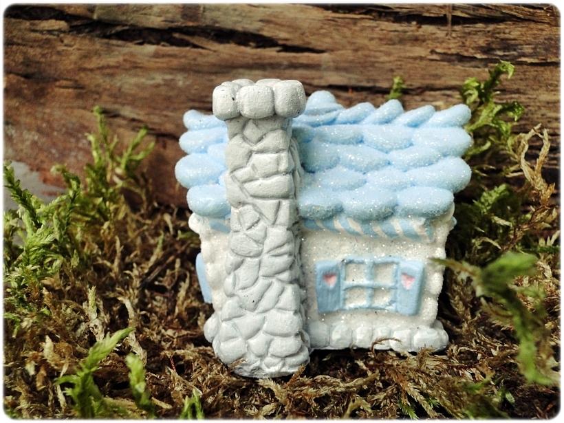 Figurka gipsowa Domek z piernika 8
