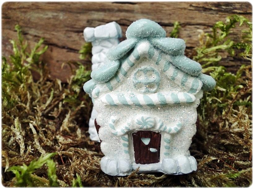 Figurka gipsowa Domek z piernika 9