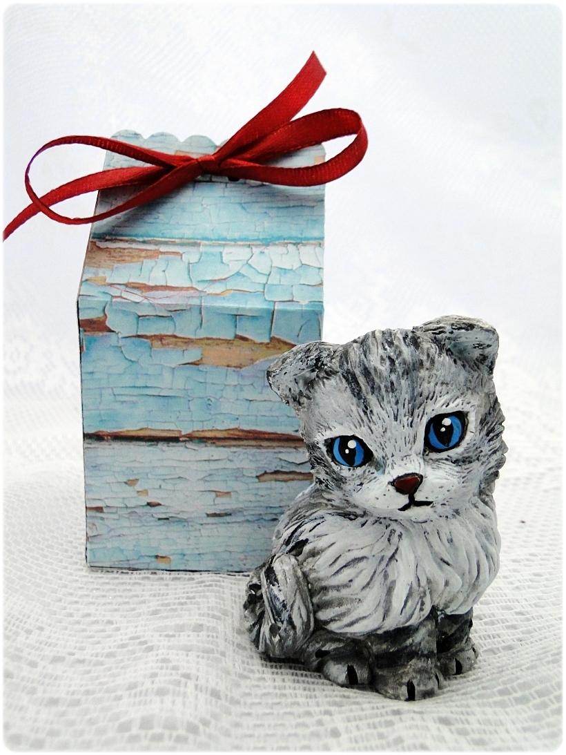 Figurka gipsowa Kotek 15