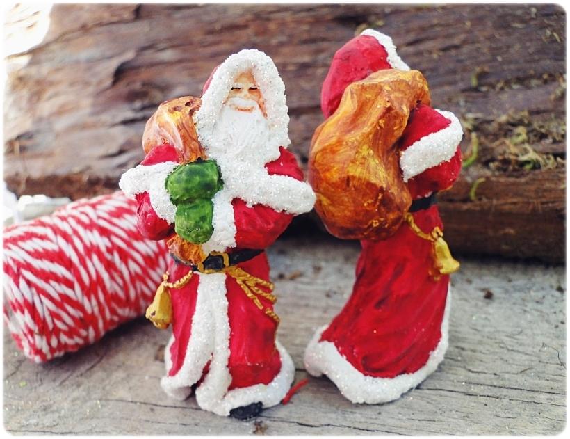 Figurka gipsowa Mikołaj 2