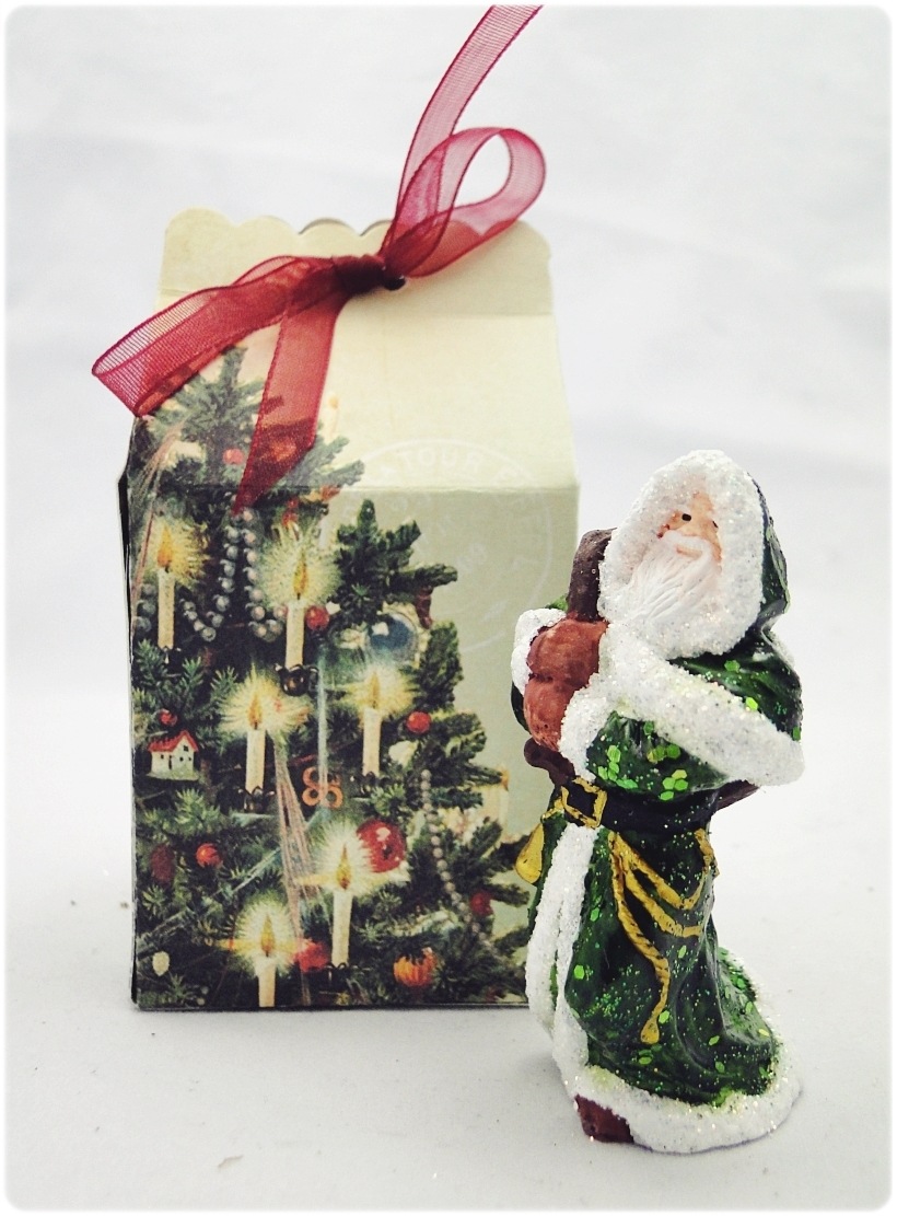 Figurka gipsowa Mikołaj 24