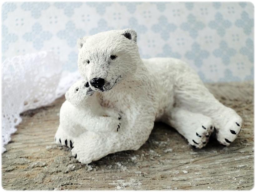 Figurka gipsowa Niedźwiedź polarny 1