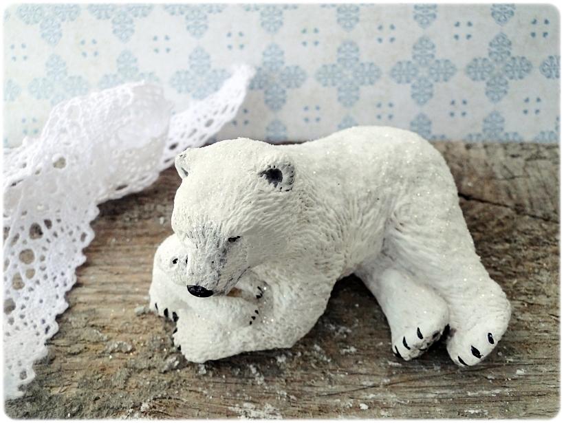 Figurka gipsowa Niedźwiedź polarny 2