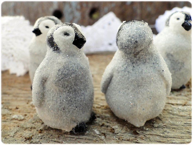 Figurka gipsowa Pingwinek 2