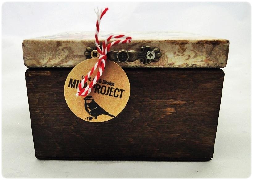 Bombka gwiazdka w drewnianym pudełku Spotkanie z Mikołajem 2