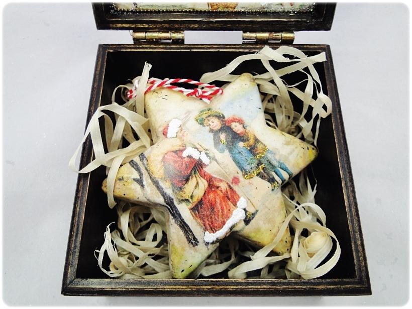 Bombka gwiazdka w drewnianym pudełku Spotkanie z Mikołajem 5
