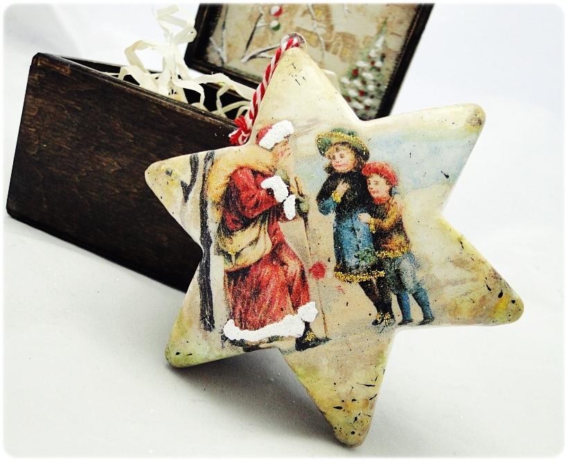 Bombka gwiazdka w drewnianym pudełku Spotkanie z Mikołajem 8